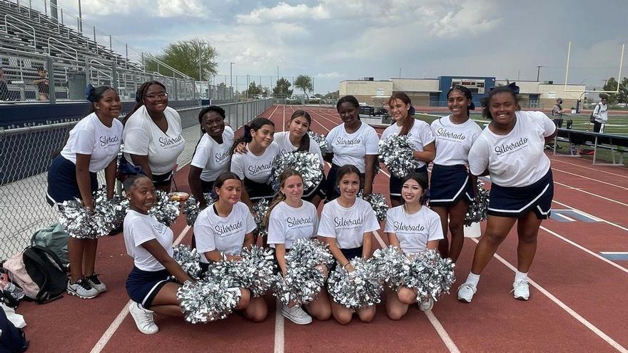 Una 'cheerleader' aragonesa en California