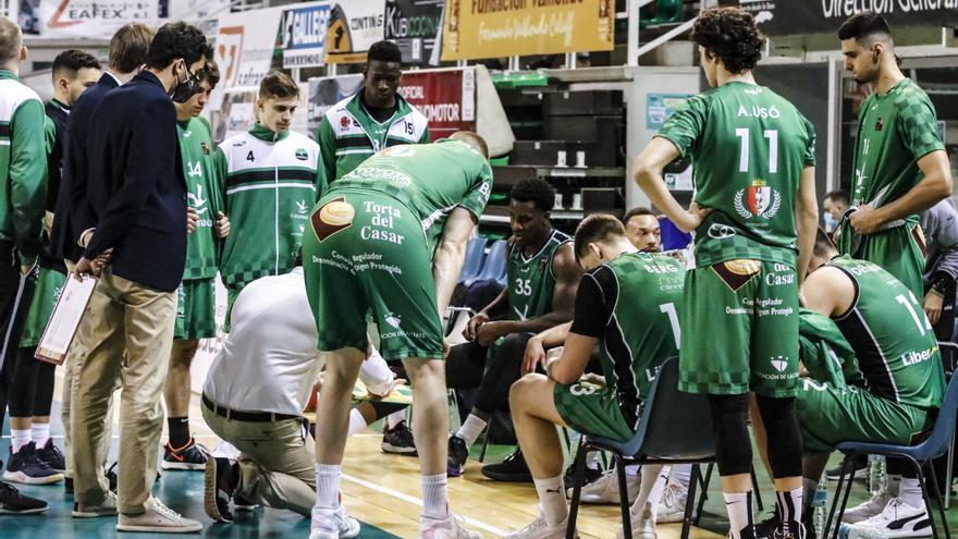 Cáceres-Girona, lucha abierta por el billete para el 'playoff'