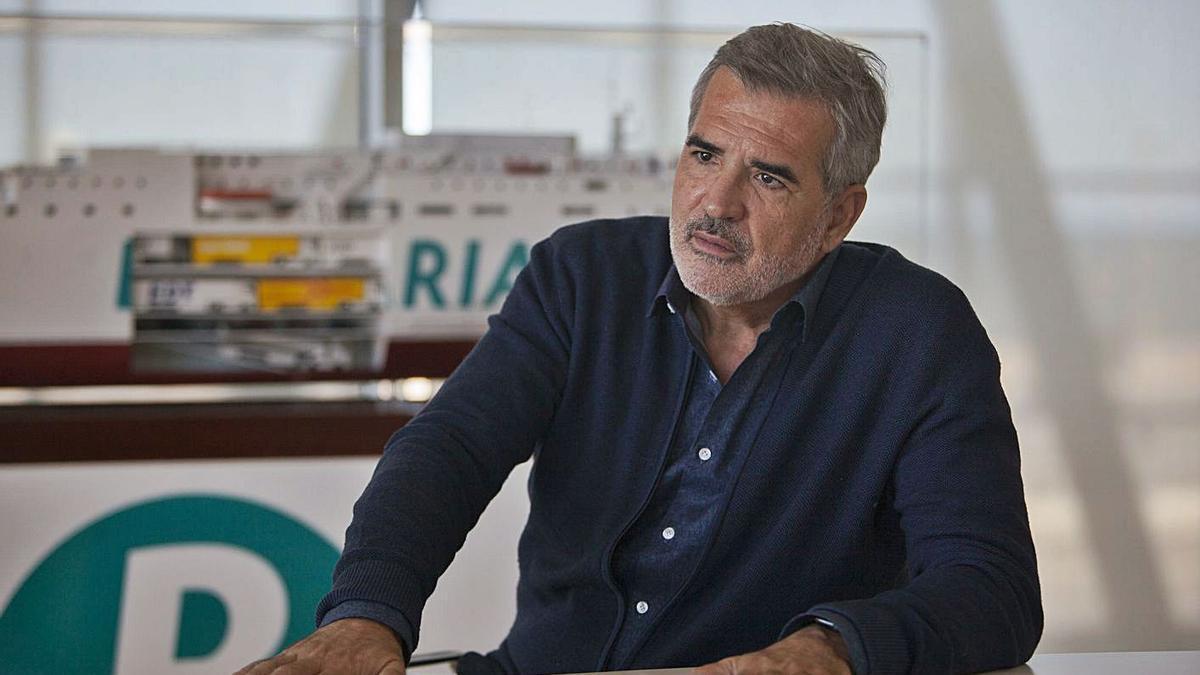 Adolfo Utor, presidente de Baleària, en la sede la naviera en Dénia. | FERNANDO BUSTAMANTE