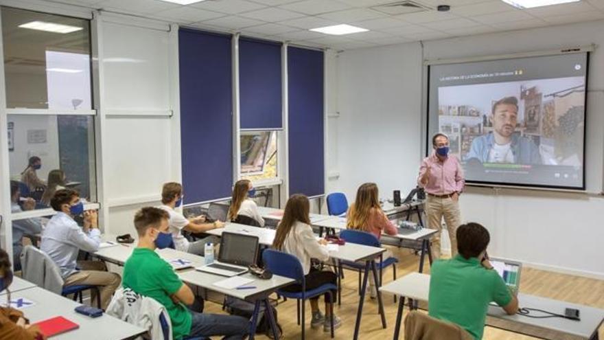 Los empleos digitales del futuro se estudiarán en Sevilla