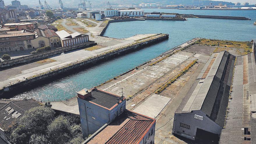 La patronal hostelera pide crear un gran espacio de ocio y turismo en Naval Gijón