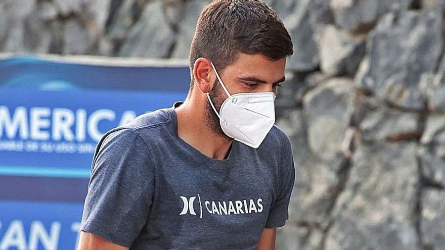 Javi Alonso asistió al partido amistoso entre el Águilas y el Tenerife.