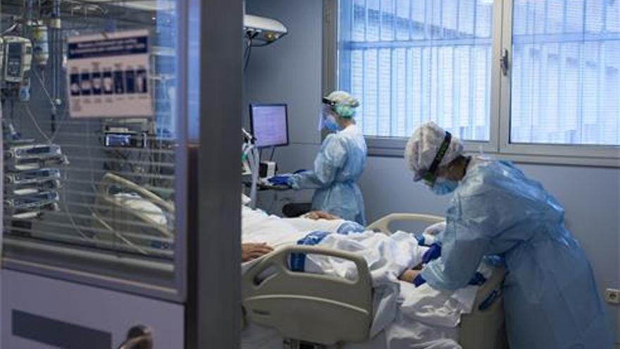 La media de edad de las muertes por covid se reduce según avanza la pandemia