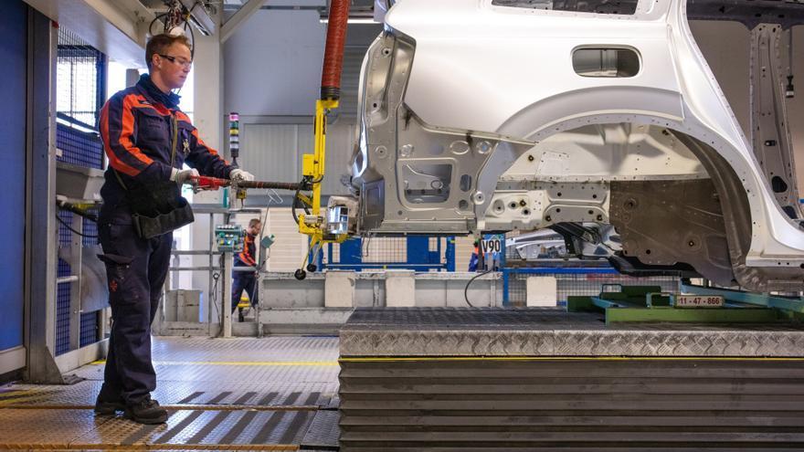 Los precios de las exportaciones industriales registran su mayor alza en una década al crecer un 7,7%