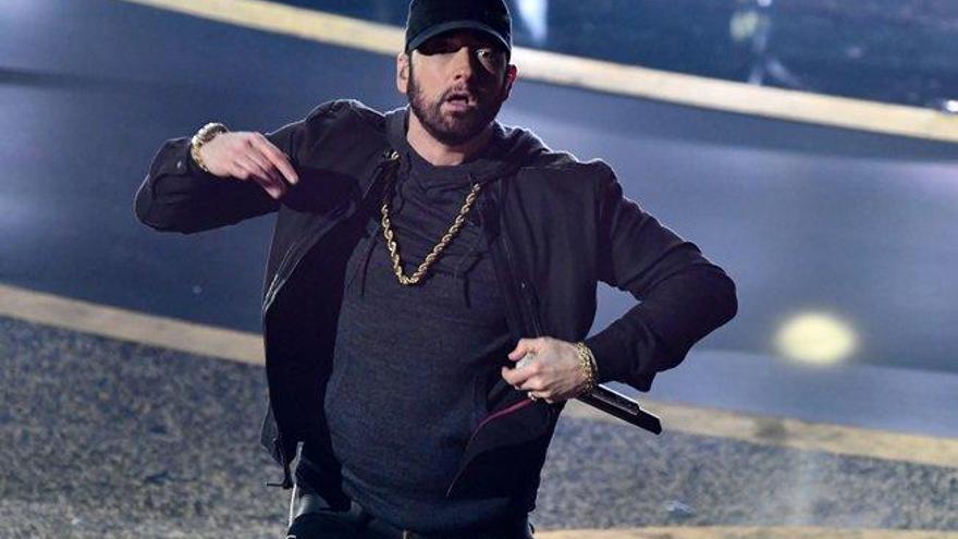Los divertidos memes que provocó la aparición de Eminem en los Premios Oscar