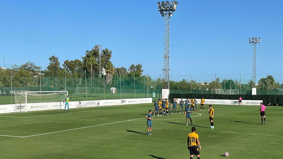 Un momento del partido entre la UD Las Palmas y el Wolverhampton.
