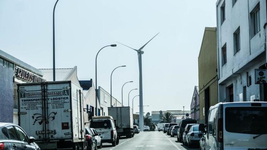 Urbanismo tramita la retirada de un molino de viento construido en El Goro