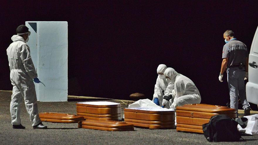 Pestana anuncia una investigación para aclarar la cifra de fallecidos en el cayuco