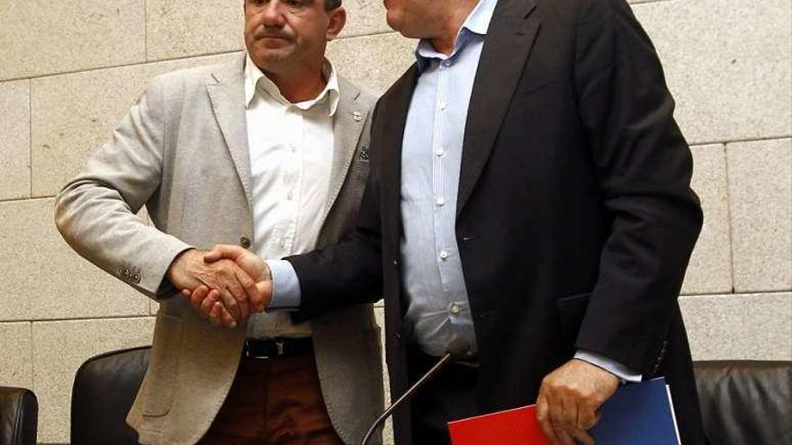 El presidente de la Diputación de Lugo destituye al alcalde díscolo de Becerreá