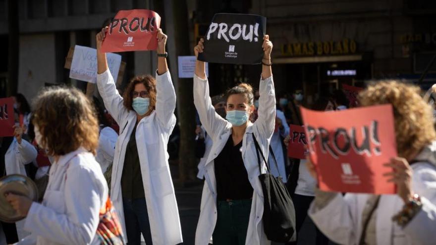Els metges d'atenció primària protesten davant l'ICS en el primer dia de vaga