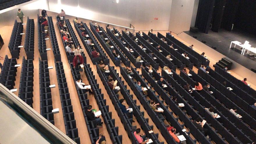 El 45,2% de los aspirantes aprueba el examen para taxista en Palma