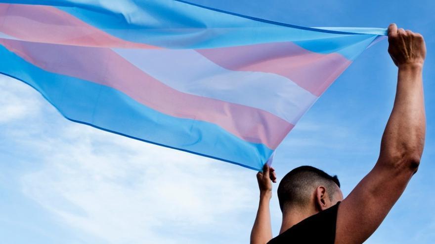 Agresión a un joven trans en València