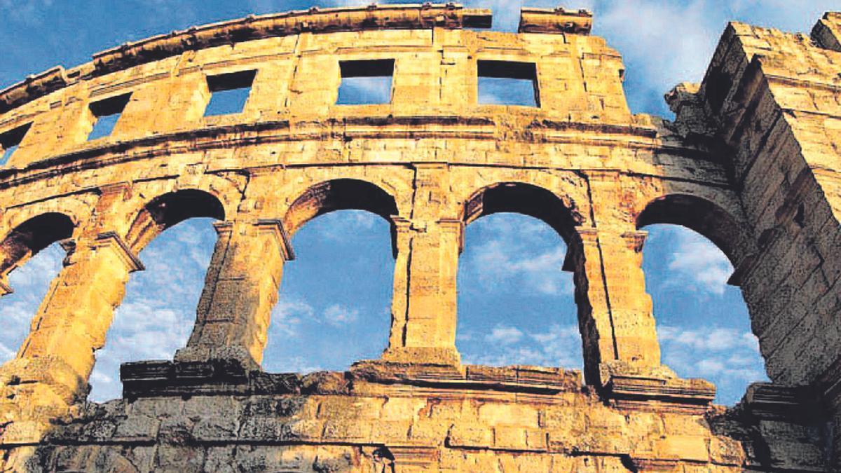 Amfiteatre de Pula