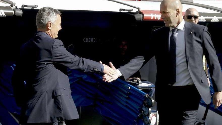 """Zidane: """"El inicio de partido no ha sido bueno"""""""