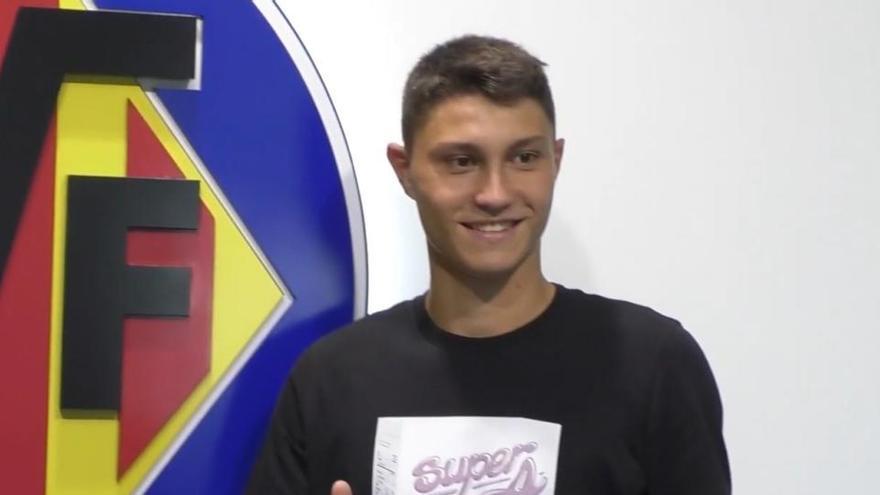 El Villarreal hace oficial el fichaje de Jorge Cuenca