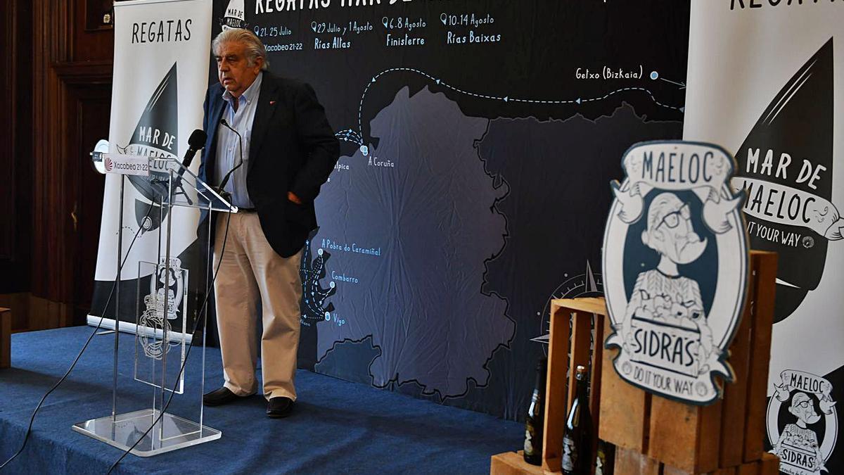 Presentación, ayer en el Náutico, de las Regatas Mar de Maeloc.    // VÍCTOR ECHAVE