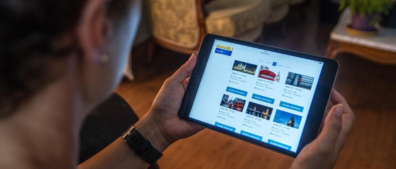 El Ayuntamiento de Torrevieja ha comprado 36 tablets para concejales y funcionarios