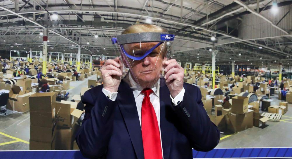 Trump también se protege
