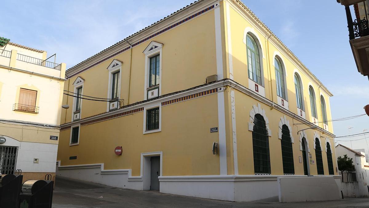 Exteriores del Centro Municipal de Servicios Sociales de Montilla.
