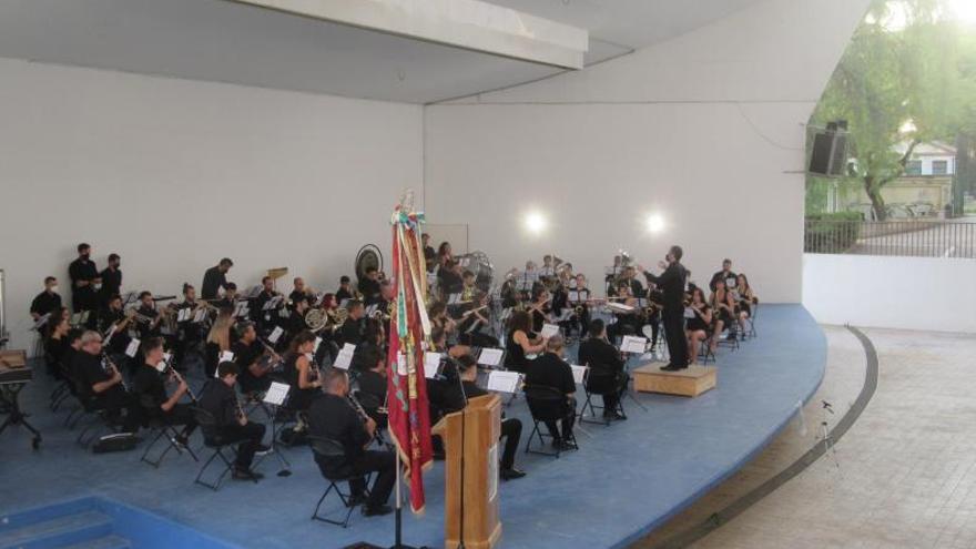La Banda Simfònica Les Sitges regala a Burjassot un concert «Excel·lent»