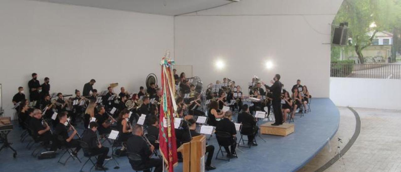 La Banda Simfònica de Les Sitges en el concert. | V.RUIZ SANCHO