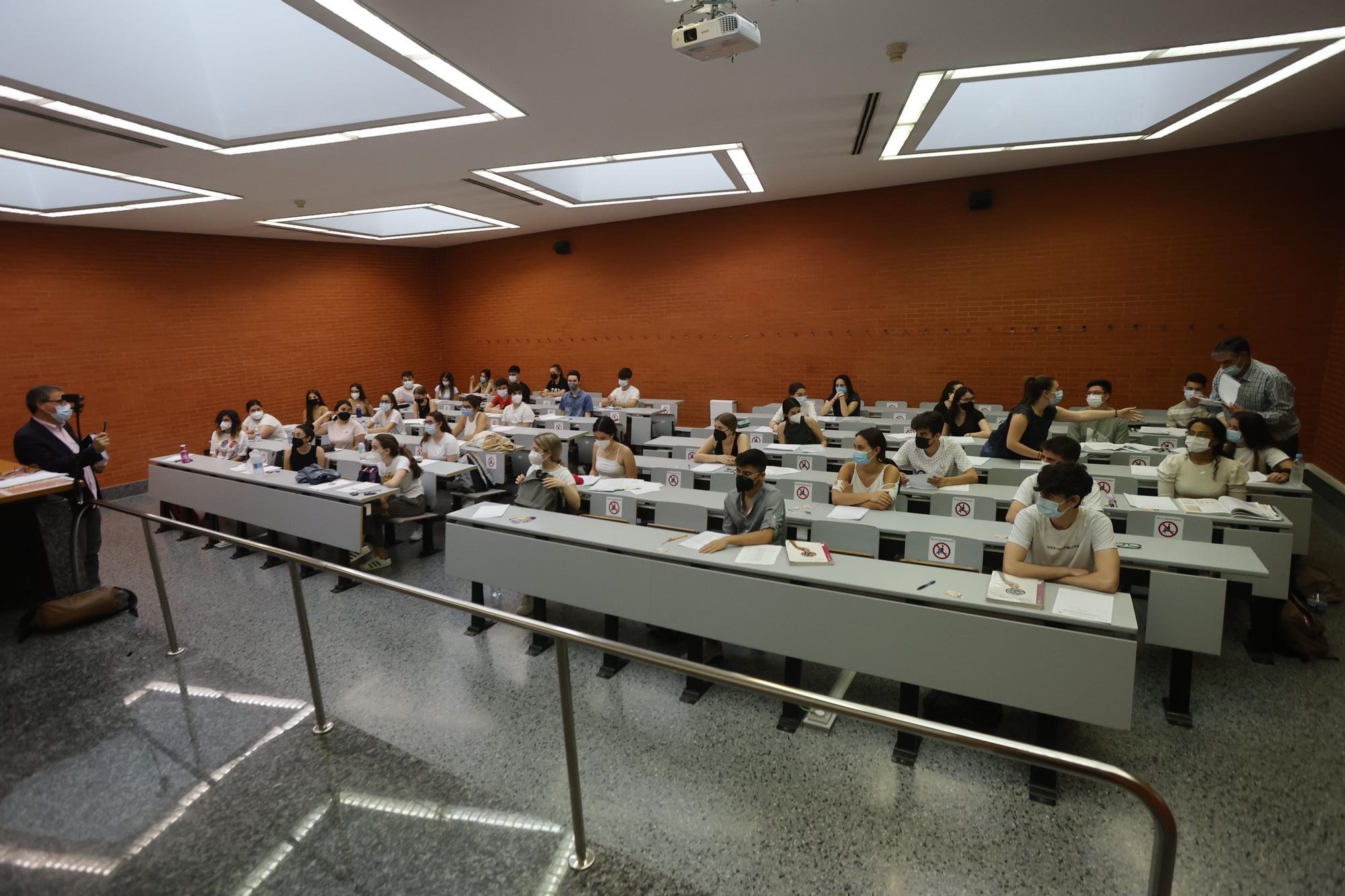 Empieza la Selectividad 2021 en Valencia, Alicante y Castelló