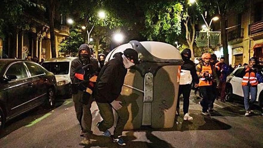 El gran despliegue policial impide que una protesta de los CDR pase a mayores
