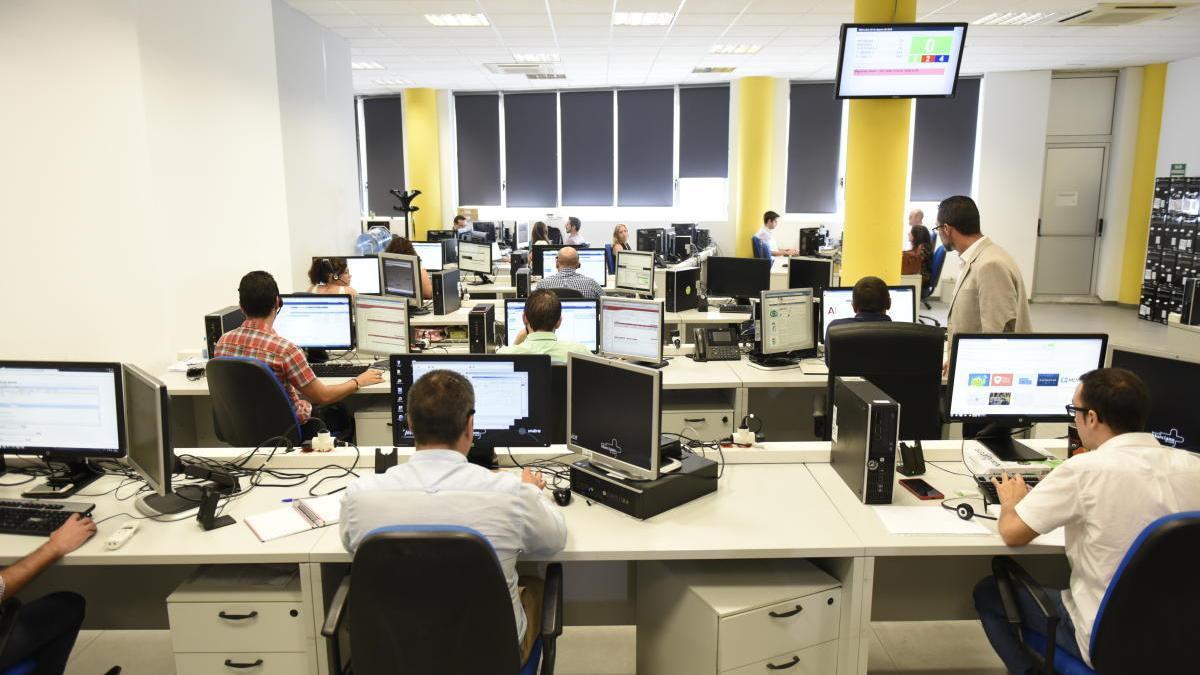 Logística, comercial y ventas e informática y telecomunicaciones lideran la creación de empleo en julio, según Infojobs