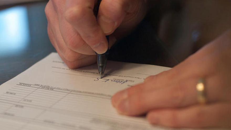 Adicae denuncia retrasos de un año en los casos de cláusulas suelo