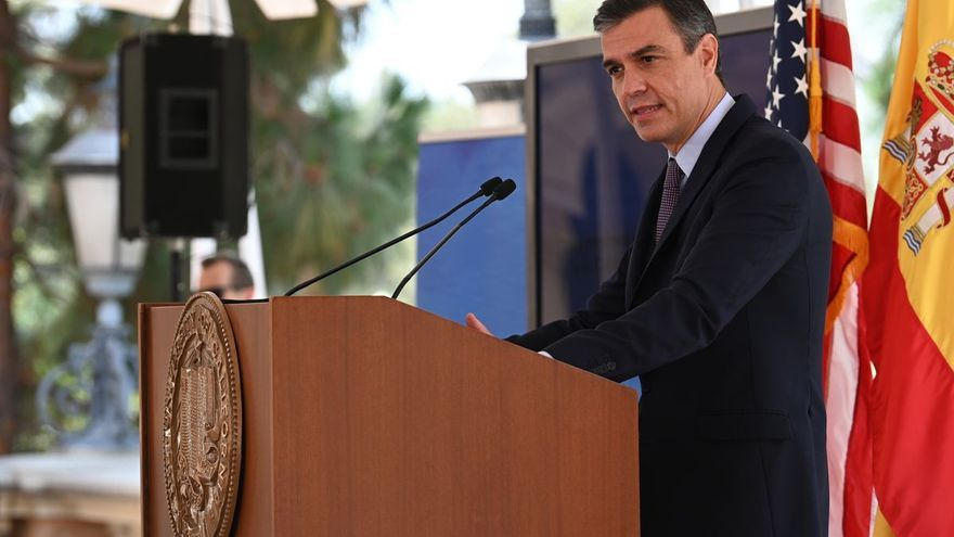 Sánchez critica el embargo de EEUU con Cuba pero pide reformas en la isla