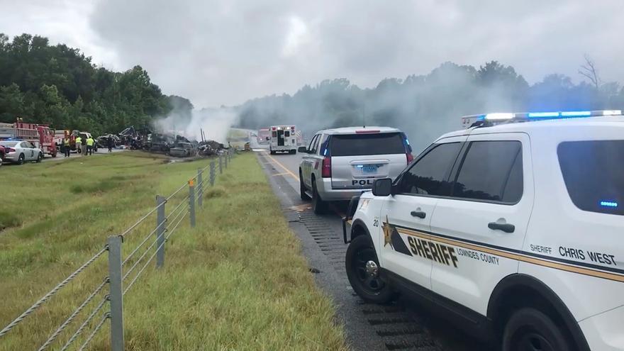 Dramático accidente en carretera en Alabama con diez fallecidos, nueve de ellos niños