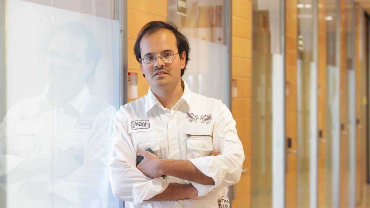 L'investigador de la URV Vladimir Baulin ha participat en la recerca sobre l'efecte dels microplàstics en la salut de les persones