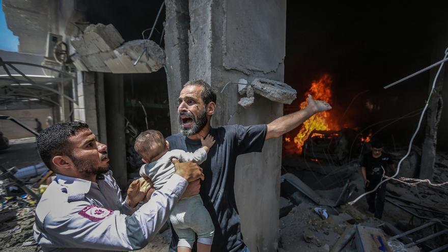 Unas 75.000 personas huyen de sus casas en Gaza por los bombardeos de Israel