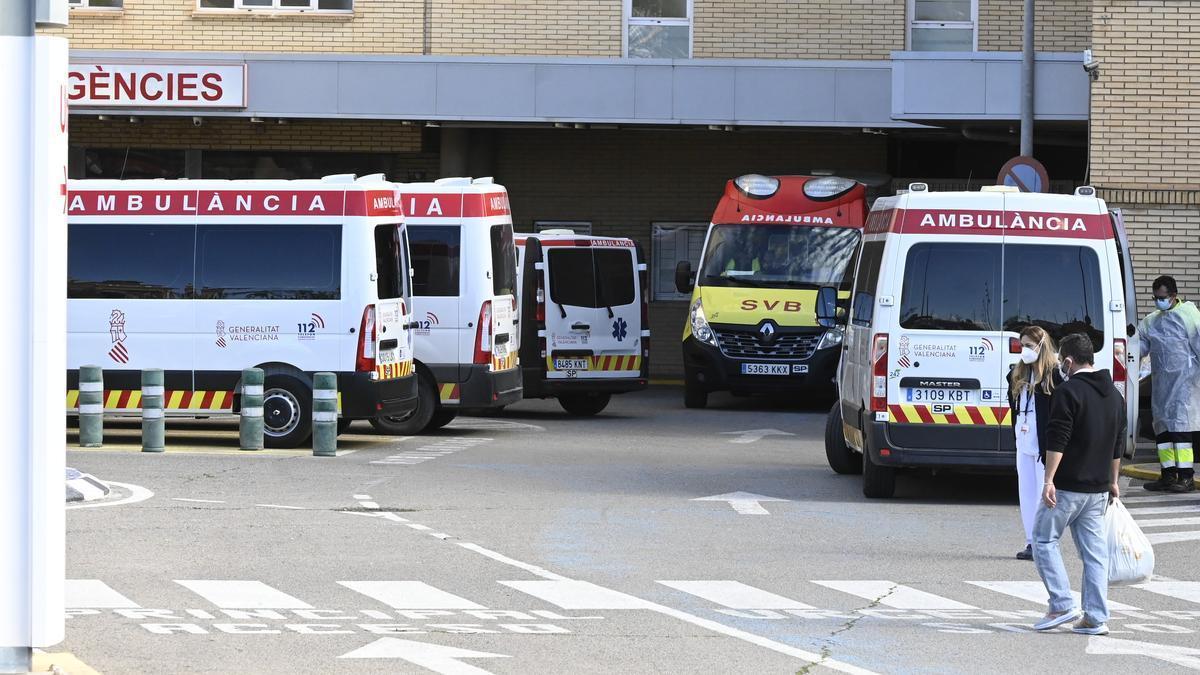 Imagen de la entrada al servicio de Urgencias del Hospital General de Castellón.