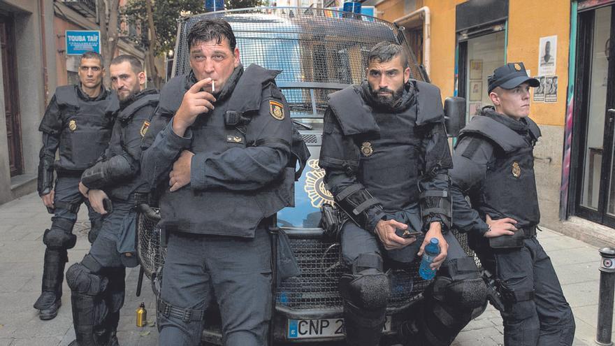 Llegan los antidisturbios de Rodrigo Sorogoyen