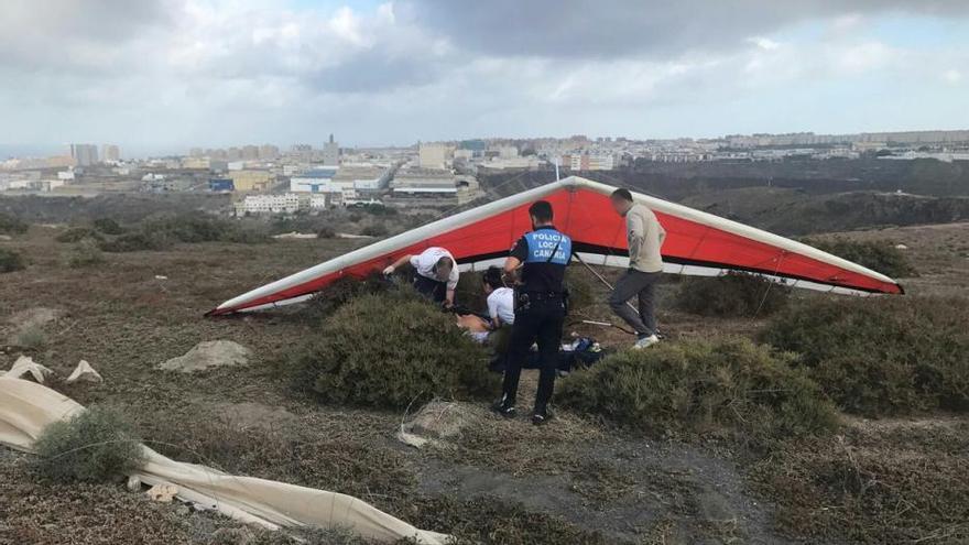Un herido grave en un accidente de ala delta en Los Giles