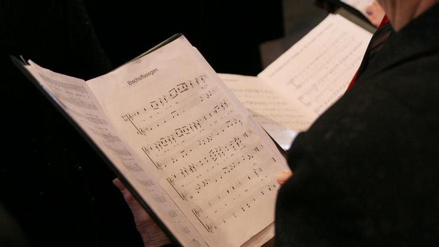 """Las """"burlas"""" de un profesor de música a sus alumnos en Vigo: """"Sois un coro de hienas"""""""