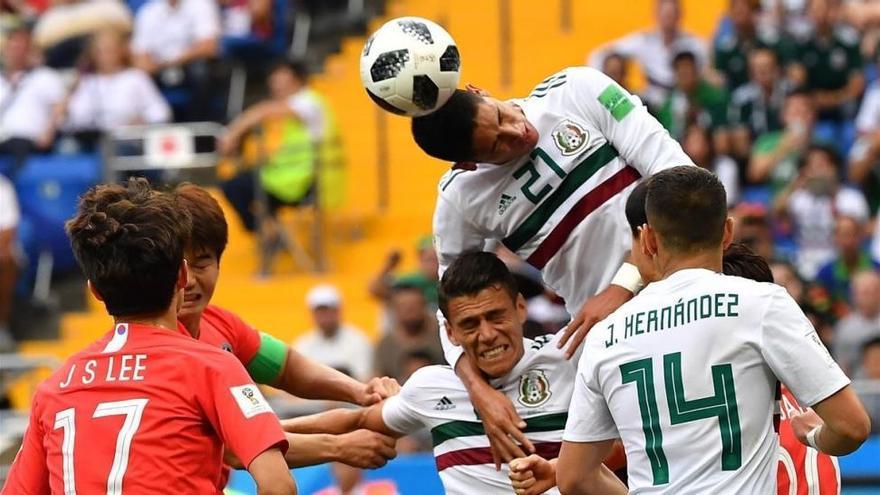 México sigue ilusionando y derrota a Corea del Sur (1-2)