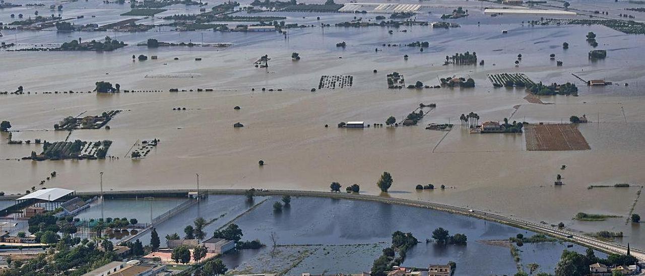 Panorámica aérea de las inundaciones de la DANA de septiembre de 2019 en el Bajo Segura.