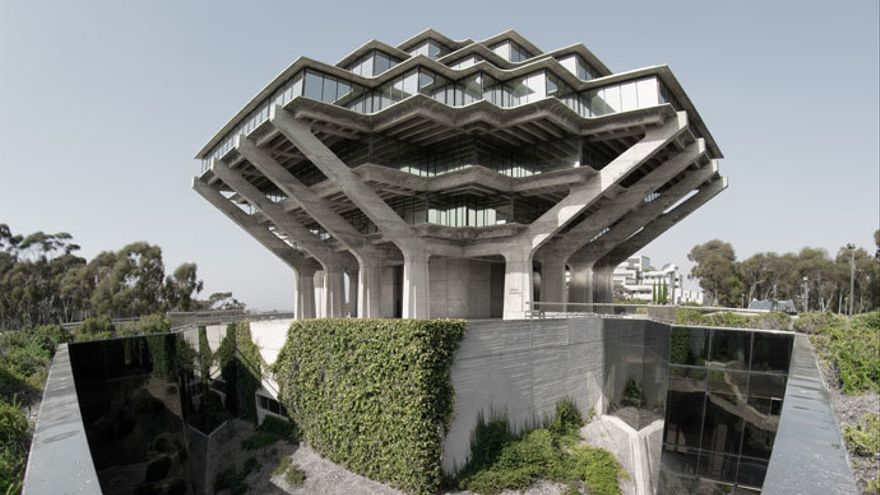 Biblioteca Geisel, California, San Diego.jpg