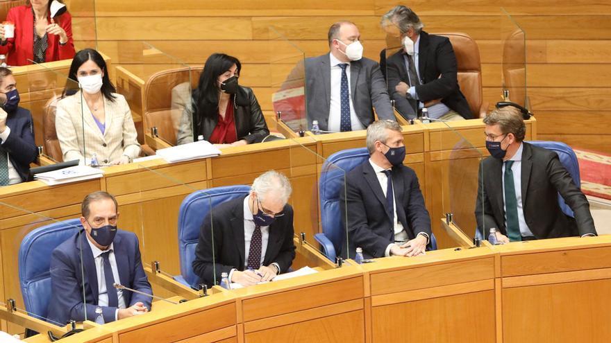 Feijóo y sus conselleiros declaran un patrimonio de 2,5 millones, casi la mitad de deuda