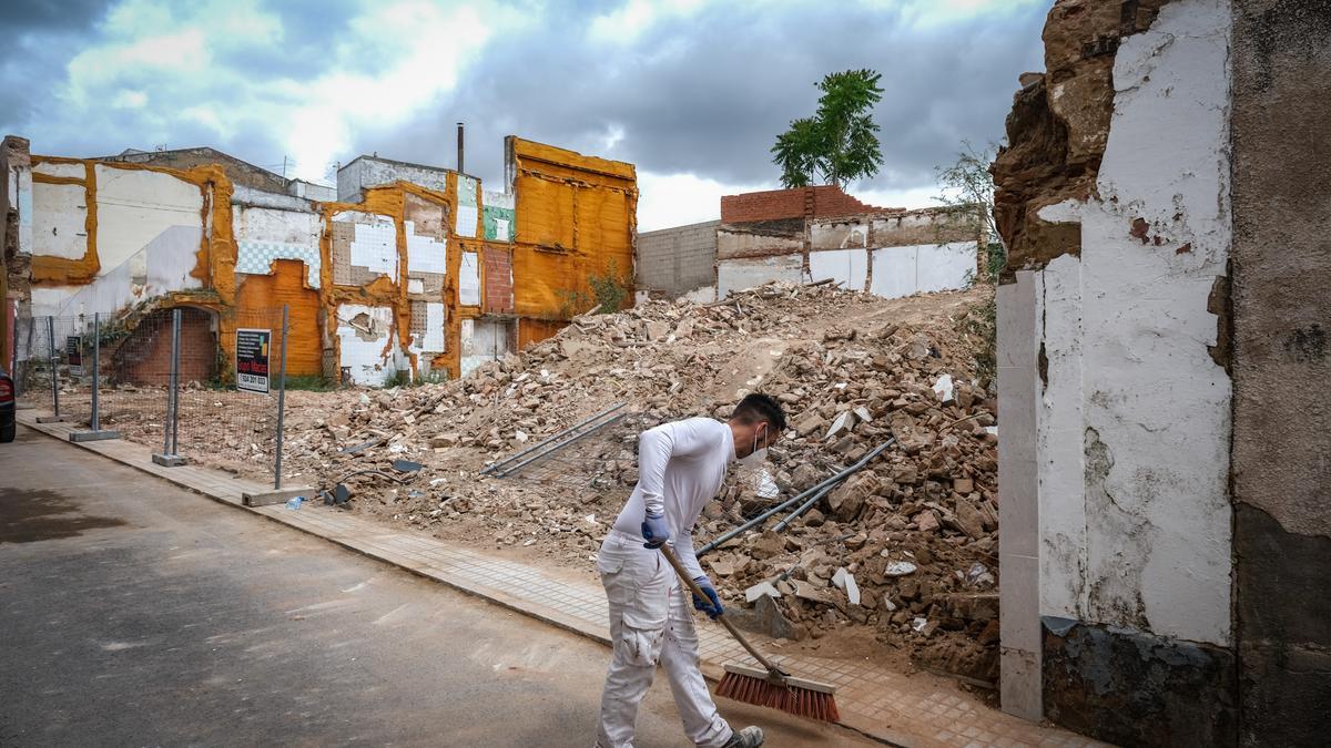 Escombros de las viviendas ya derribadas en la calle Eugenio Hermoso.