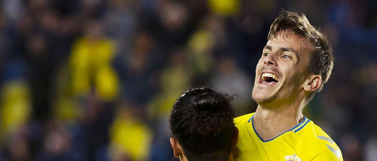Eric Curbelo celebra su último tanto de amarillo, en el Gran Canaria, ante el Málaga, en febrero de 2020.     QUIQUE CURBELO