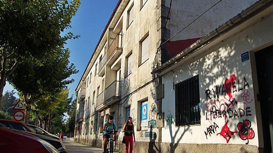 Redondela toma posesión de las casas de los maestros como futura dotación cultural
