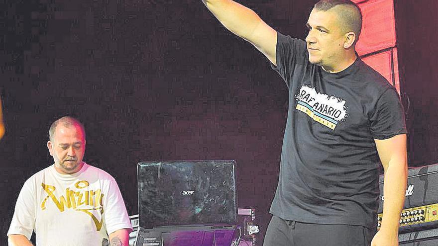 El rapero Gekah brilla en la gala de los Premios Canarios de la Música