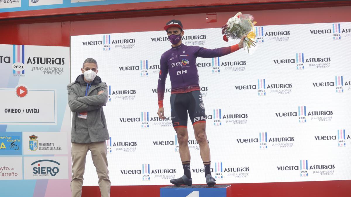 Imágenes de la primera etapa de la Vuelta a Asturias