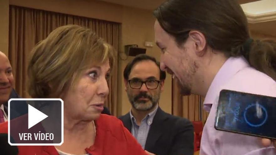 Pablo Iglesias y Celia Villalobos se enzarzan en la Comisión del Pacto de Toledo