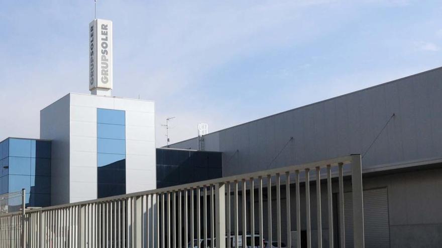 Els treballadors del Grup Soler faran vaga pels continus impagaments de l'empresa