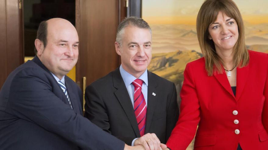 El PNV y el PSE tratarán de reeditar la coalición