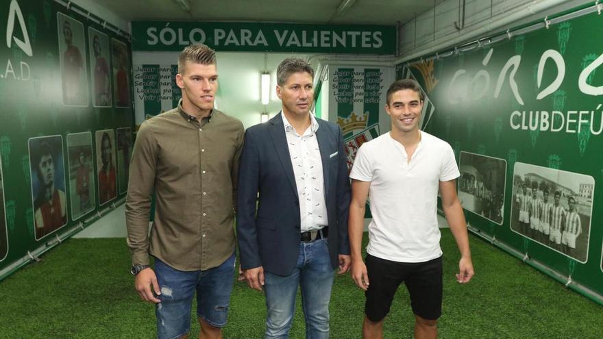 """Serrano: """"No miramos cuál es la agencia de representación de un jugador"""""""